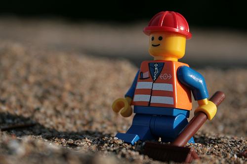 Рабочий человечек-лего