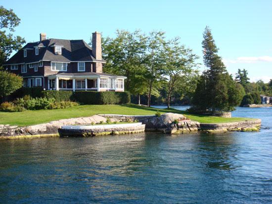 """дом на """"1000 островов"""""""