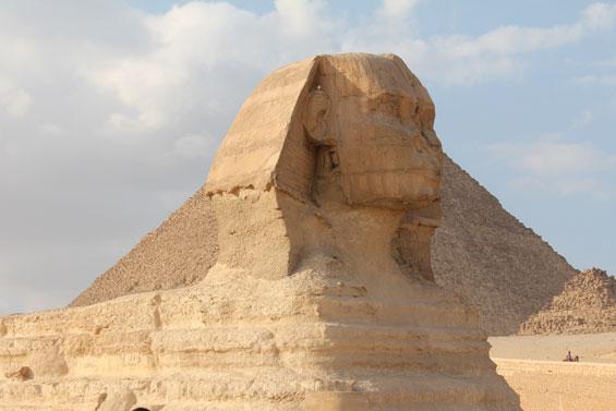 сфинкс на страже пирамид
