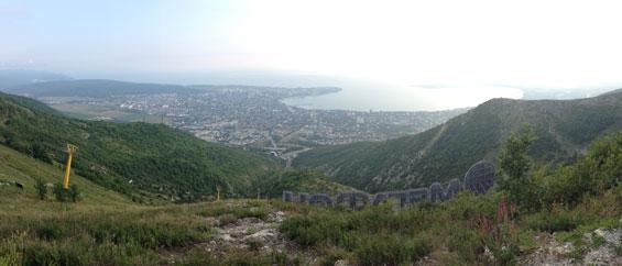 панорама на бухту Геленджика