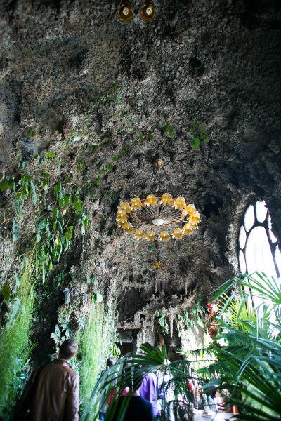 комната пещера