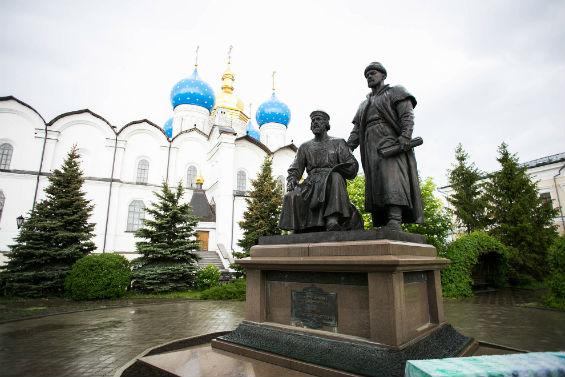 Собор и памятник зодчим кремля