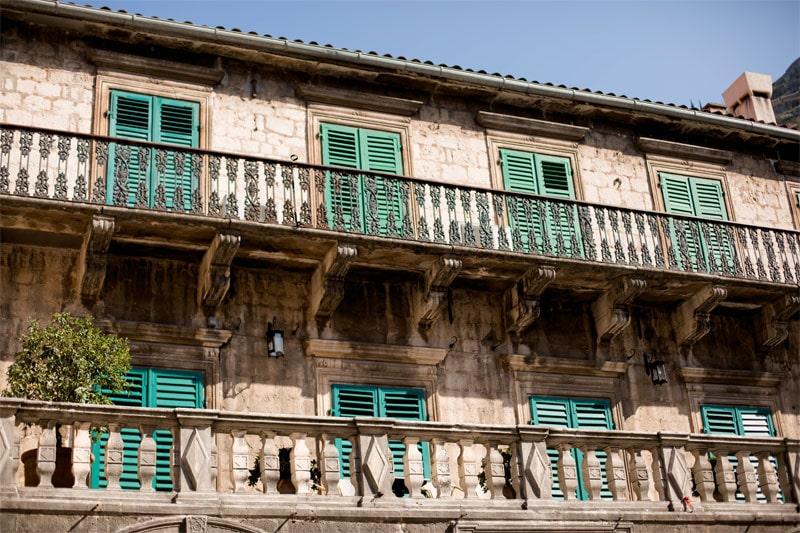 здание в Старом городе Котора