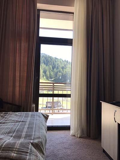 Вид из номера отеля Романтик