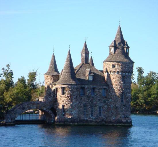 замок на тысяче островов