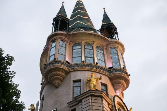 сказочная башня