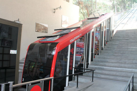 трамвай-фуникулер